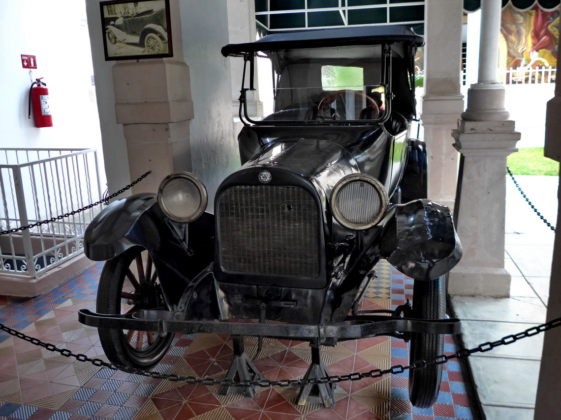 Pancho Villa's car in the museum Casa de Villa, where he was assassinated