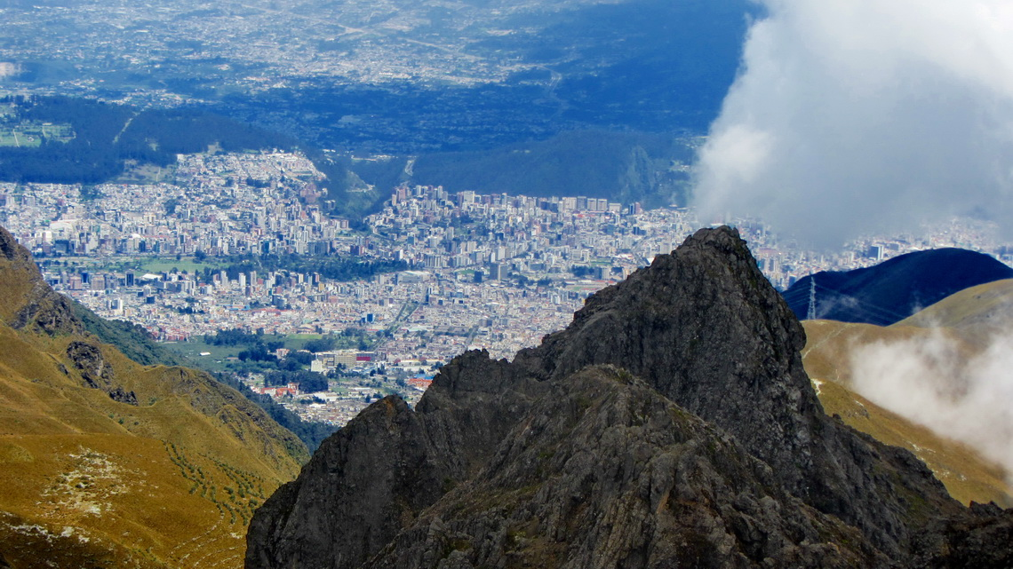 Quito seen from Rucu Pichincha