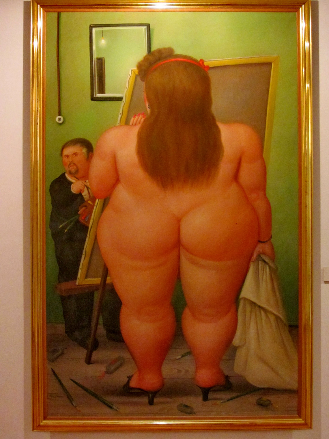 Painting a naked Lady, by Fernando Botero