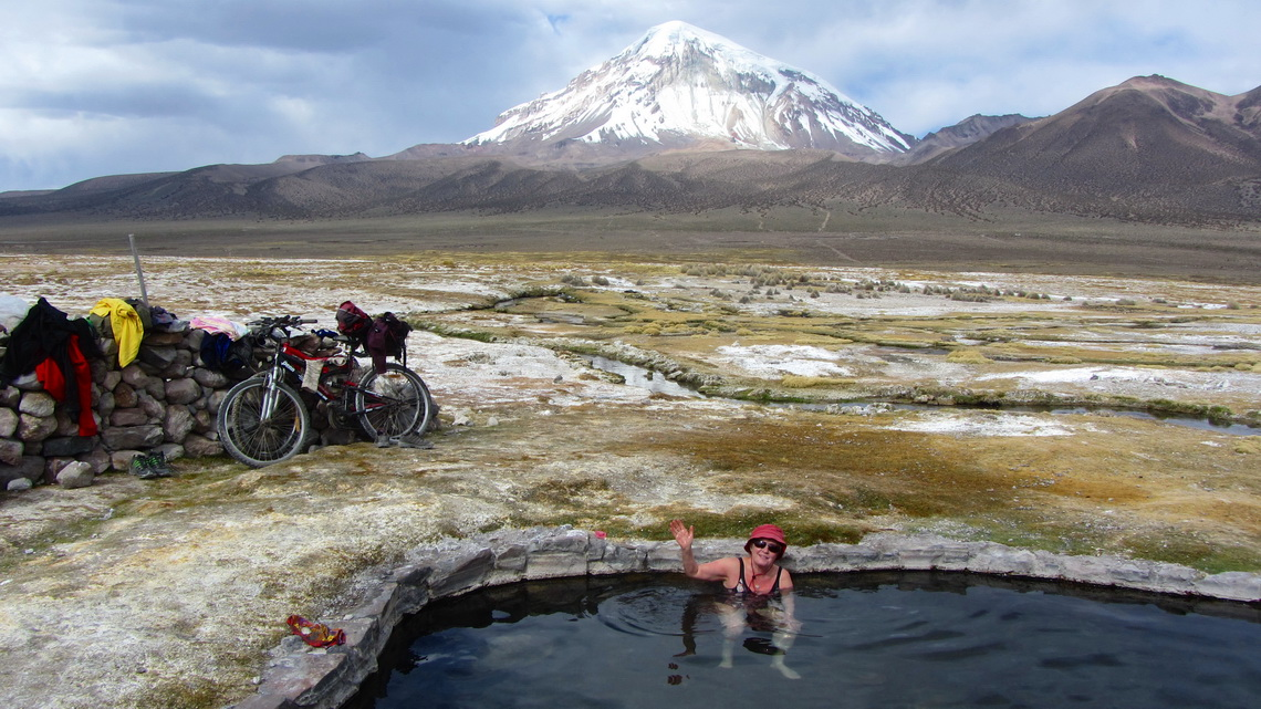 In the hot springs Jhuntuma Kuchu with Nevado Sajama