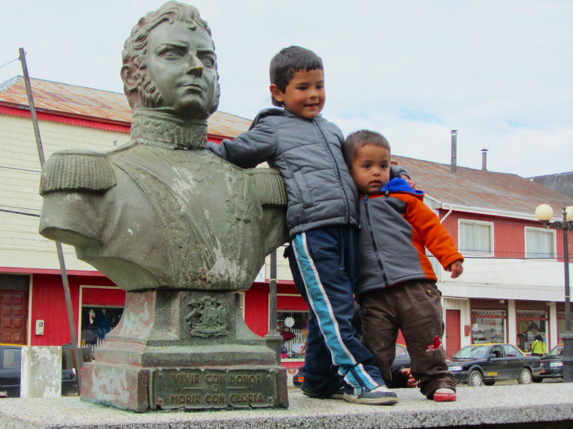 Boys of Maullin with Bernardo O'Higgins, the Chilean National Hero