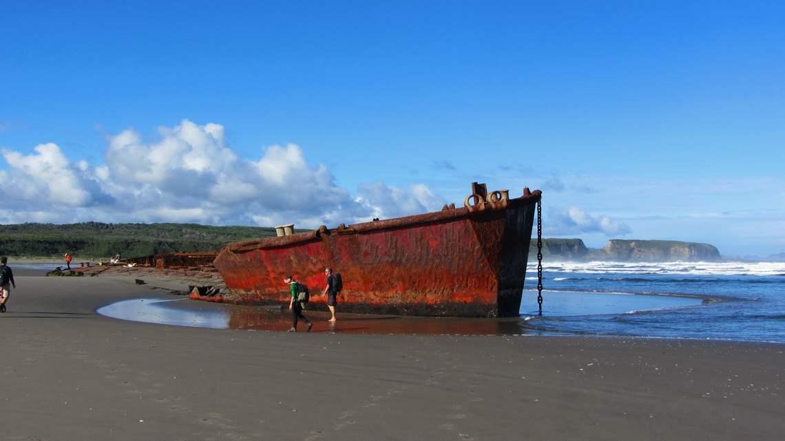 Wreck on the Huevil beach