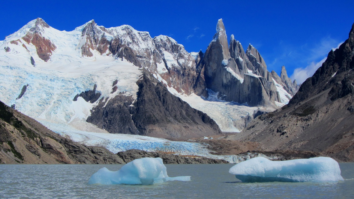 Laguna Torre with Glaciar Grande and Cerro Torre