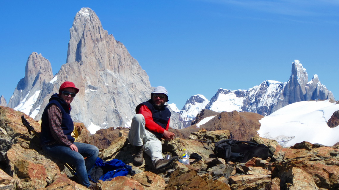 On top of Loma del Diablo with Cerro Fitz Roy and Cerro Torre