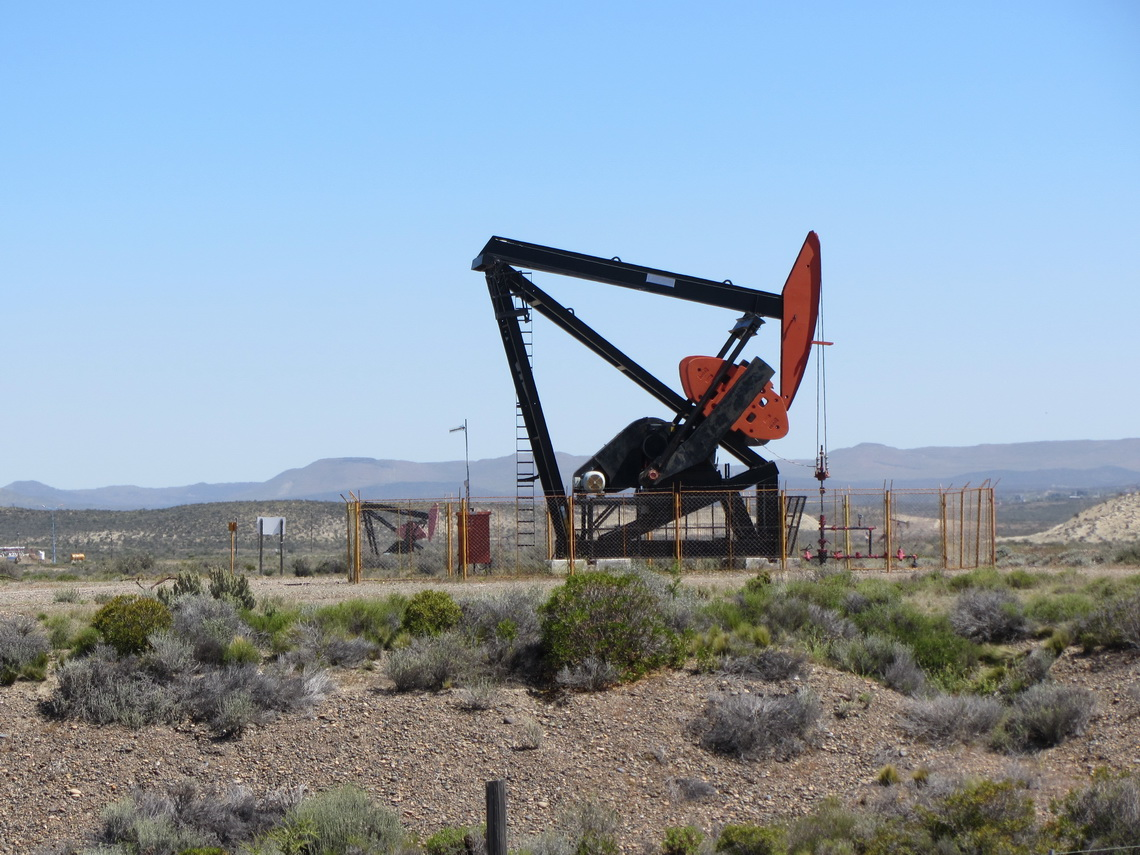 Extraction of oil in the region of Comodoro Rivadavia