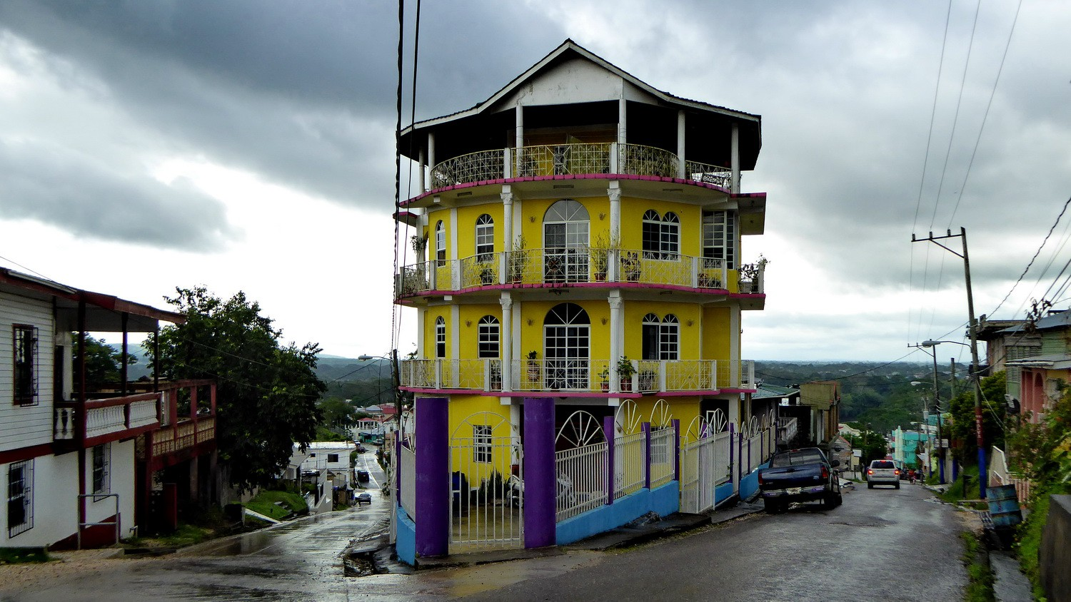 House in San Ignacio on the way to the Maya ruins Cahal Pech