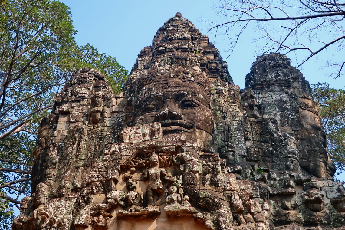 Huge heads on Victory Gate of Angkor Thom