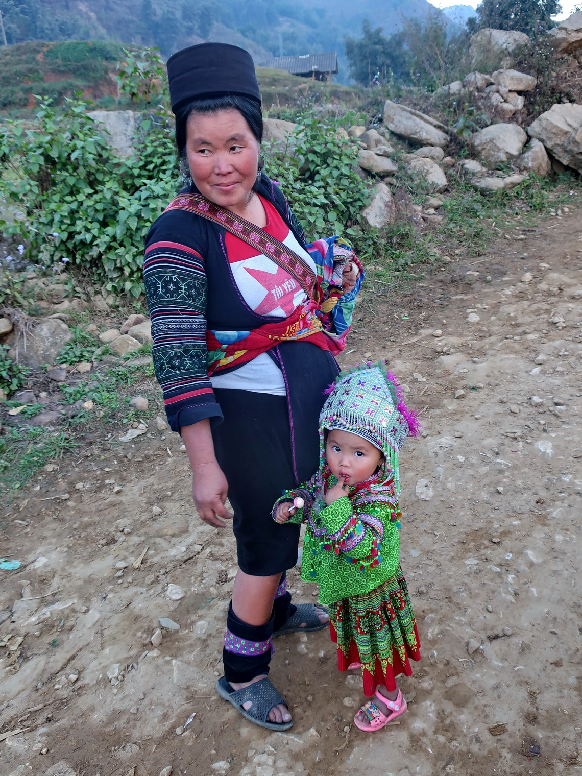 Local woman with little girl