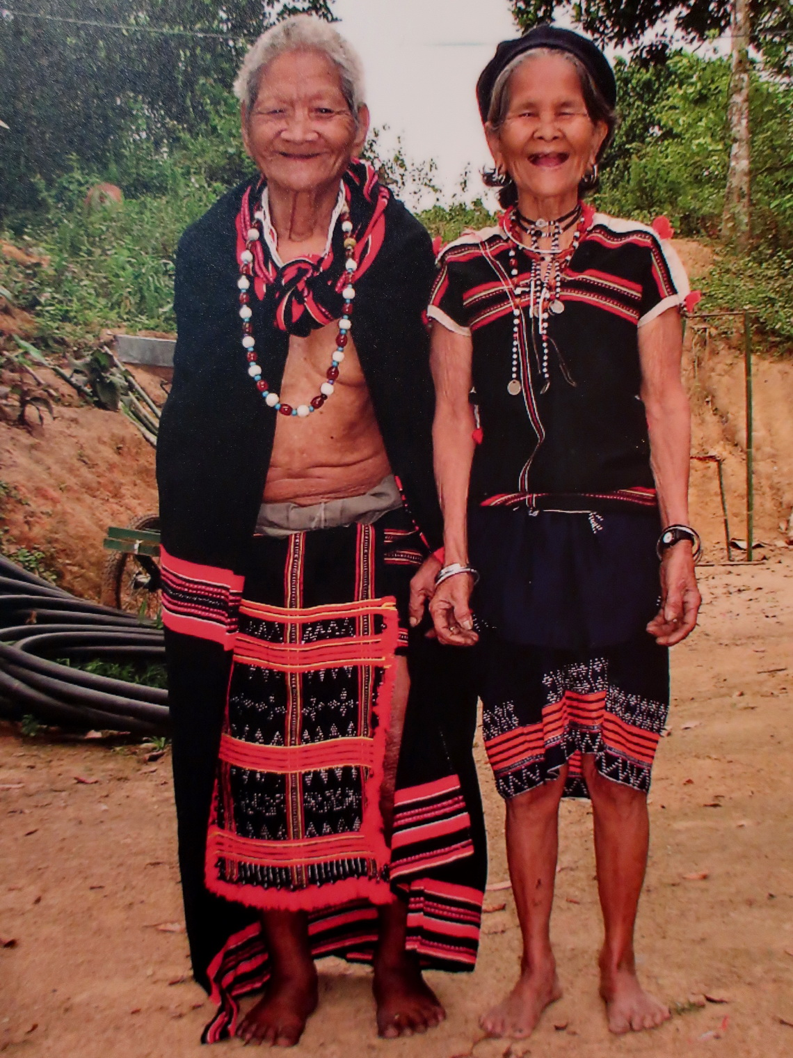 Picture of two elderly Ladies
