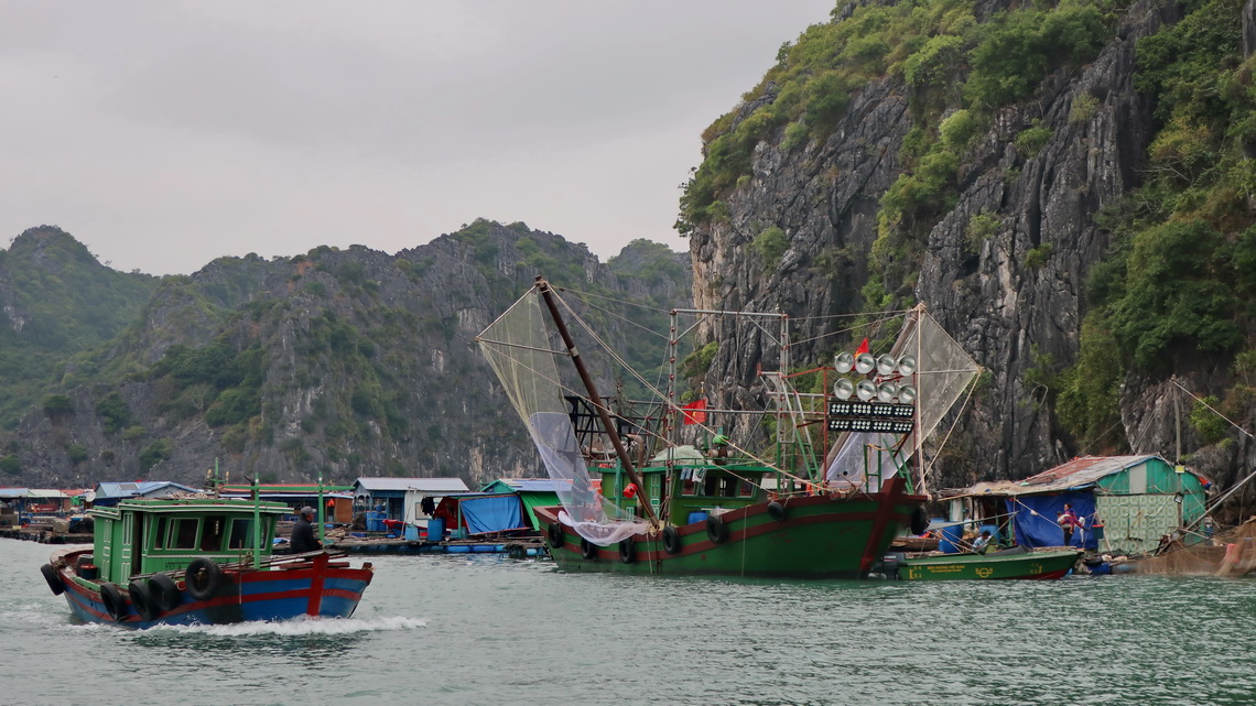 Floating village of Cat Ba