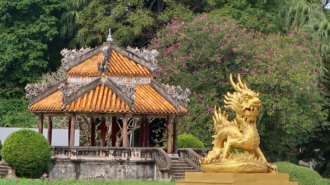 Golden Dragon in the Citadel