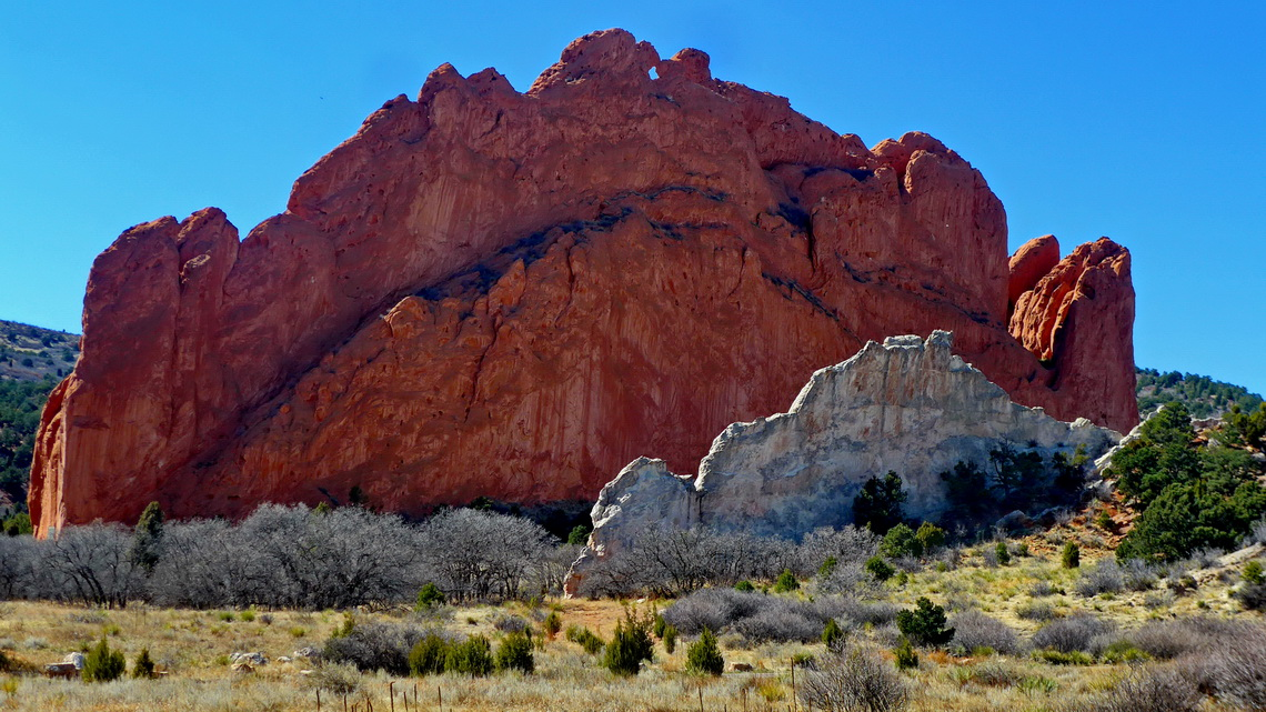 Red and white rocks in the Garden of the Gods