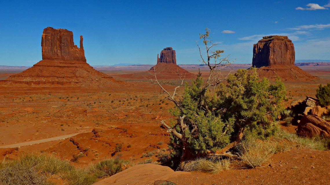 West Mitten, East Mitten and Merrick Butte seen from the Visitor Center of Monument Valley