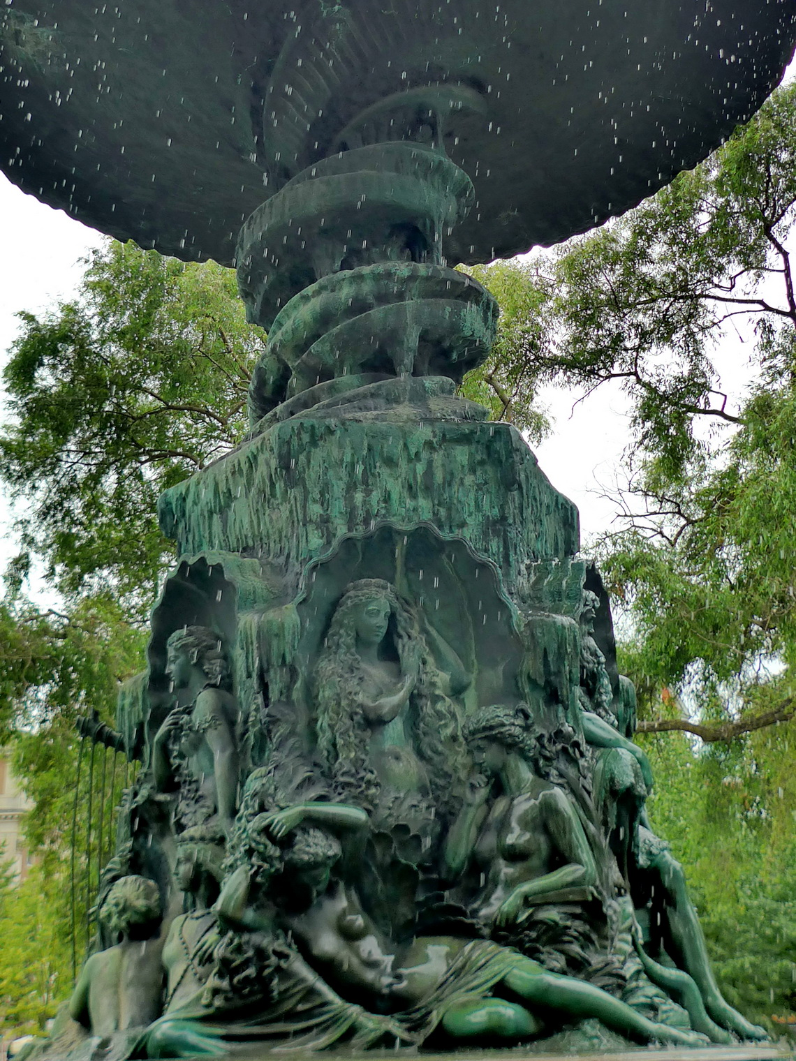 Fountain in the park Kungsträdgården