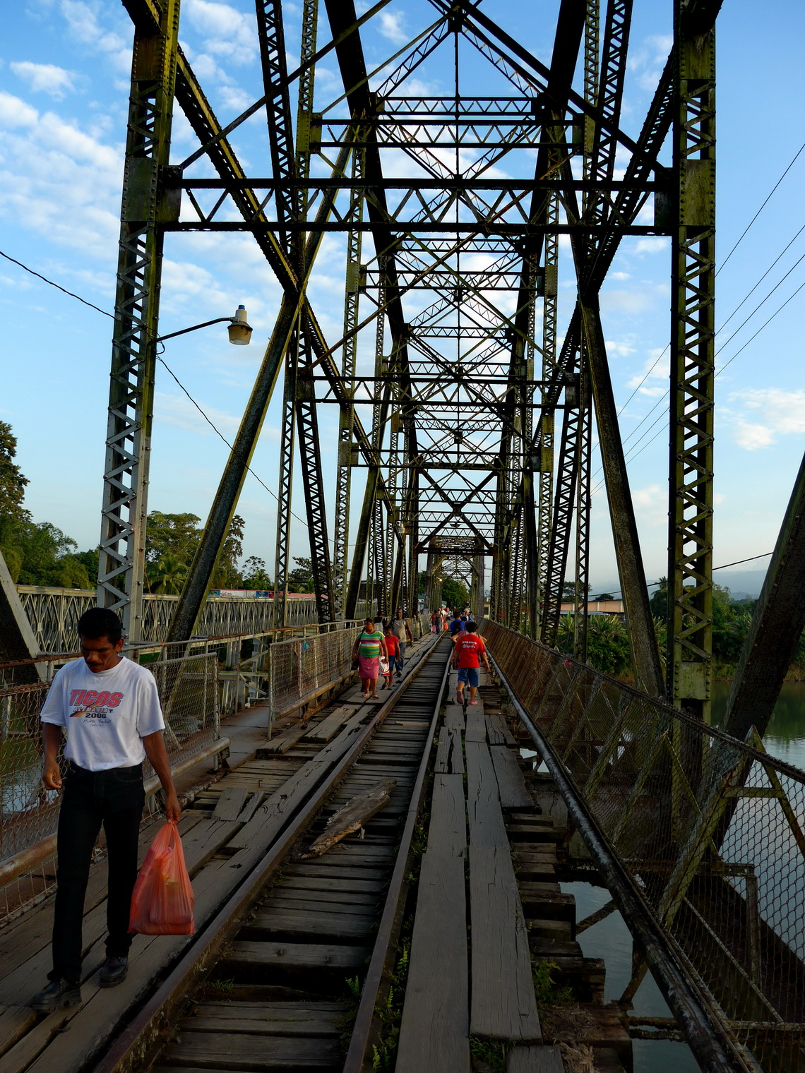 The old railway bridge on the border between Costa Rica and Panama which is now used by pedestrians - Look at the nice wholes