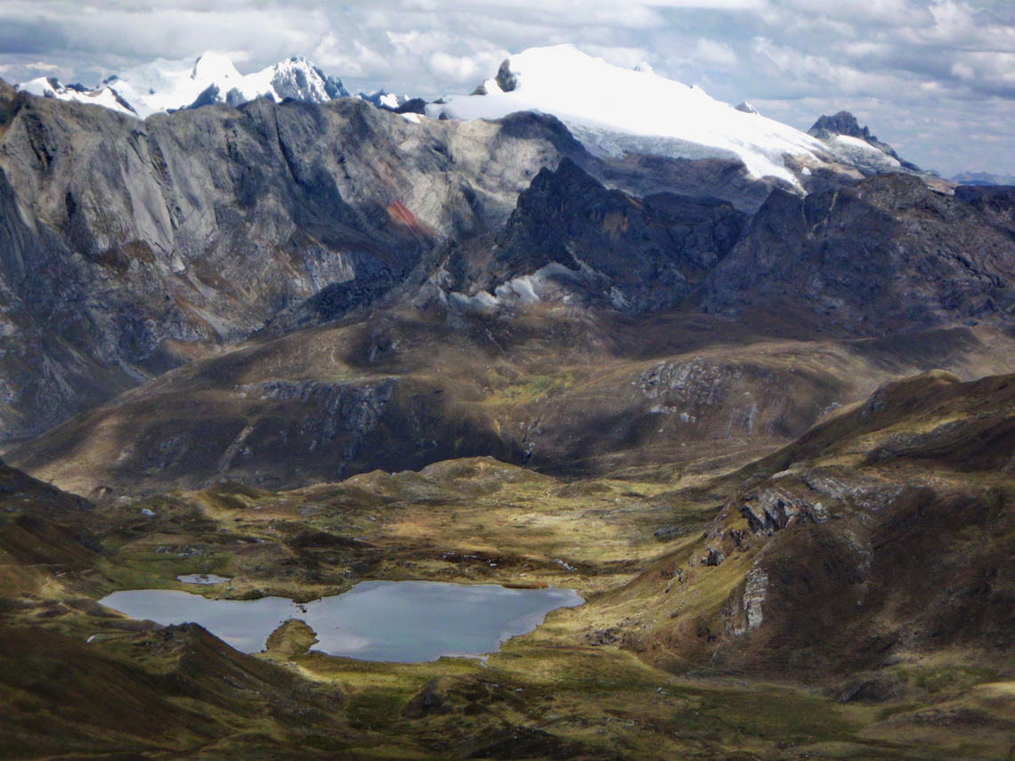 Another Laguna Quesillococha and Cordillera Raura seen from the top of Cerro Azulcocha