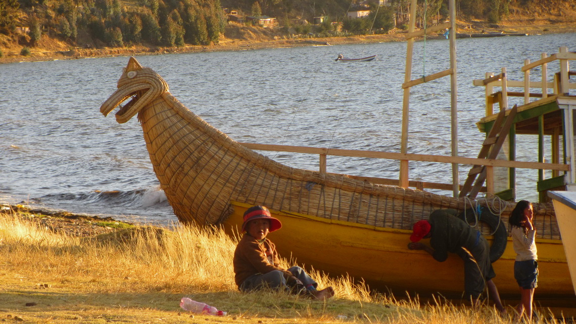 Traditional boat of Lago Titicaca made with reeds