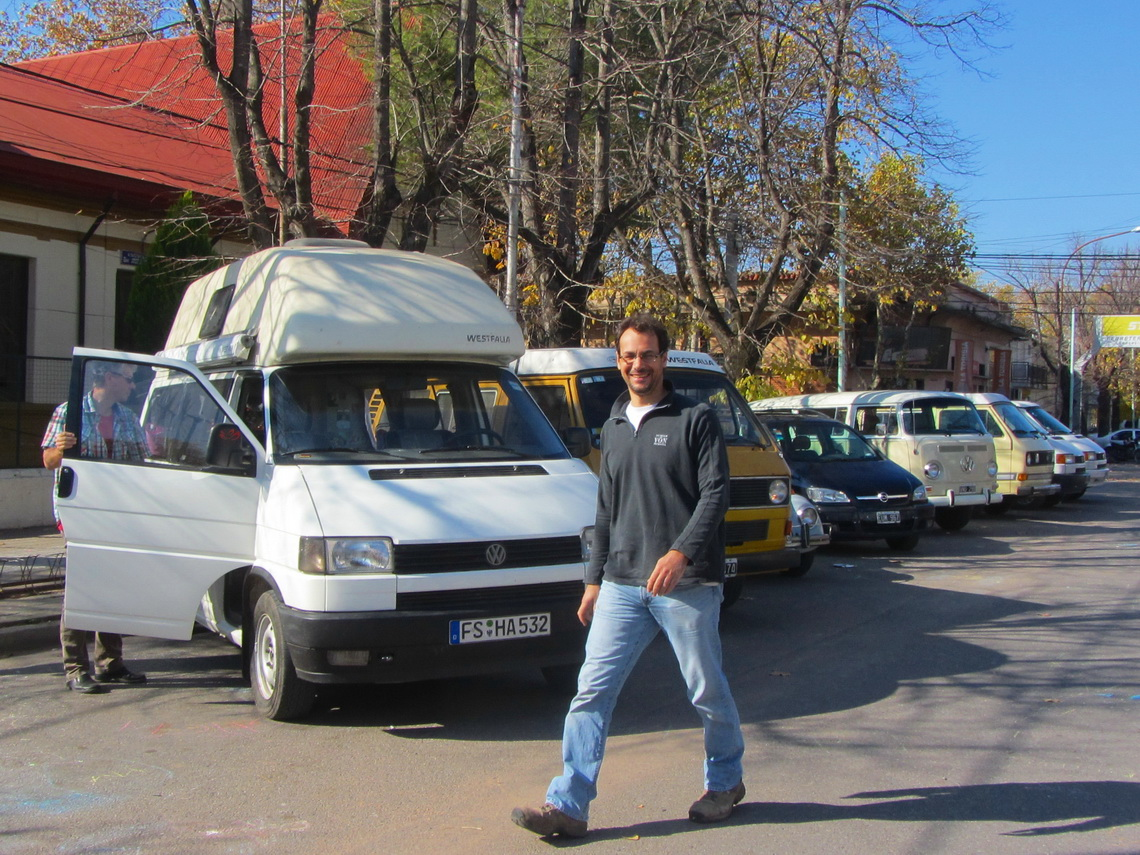 Cristian with some Volkswagen Campers in Saladillo