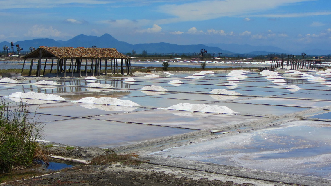 Exploitation of the salt from the ocean at the lagoon Lagoa de Araruama, East of Arraial do Cabo
