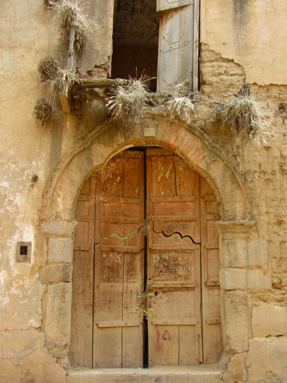 Old door in Tarata