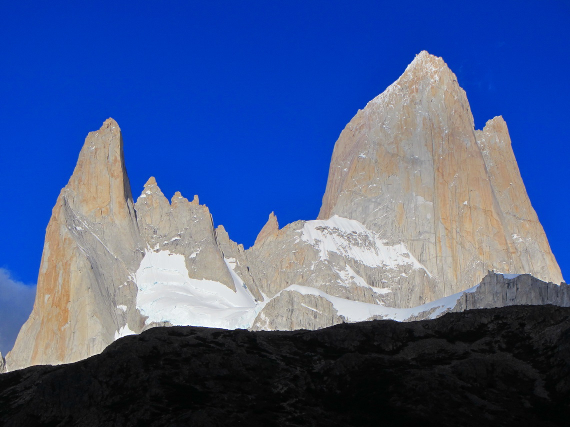 Cerro Poincenot and Cerro Fitz Roy in the morning