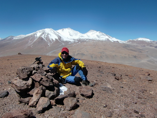 On top of Cerro Los Portezuelos - Cerro Tres Cruzes in the background (with 6748 meters the 2nd highest in this region)