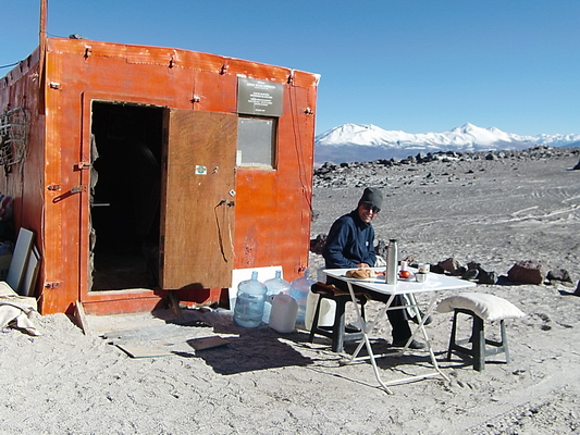 Breakfast at Refugio Atacama - 5200 meters high